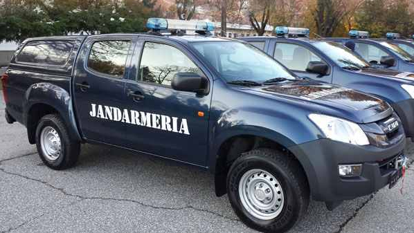 accesorii-isuzu-d-max-jandarmerie